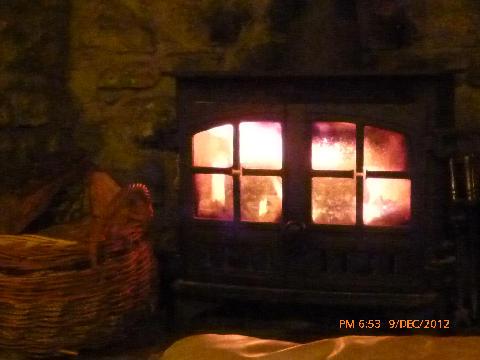 LogBurner Middle Cottage 013
